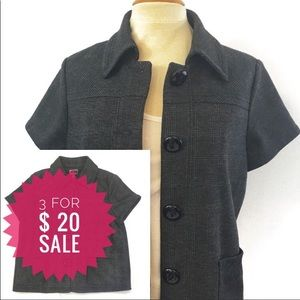 Renuar button down shirt Sz 6